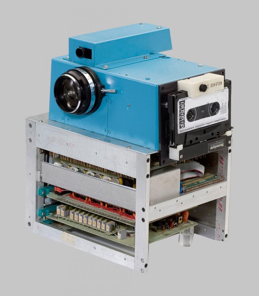 Prototipo primera cámara digital Kodak(1975).